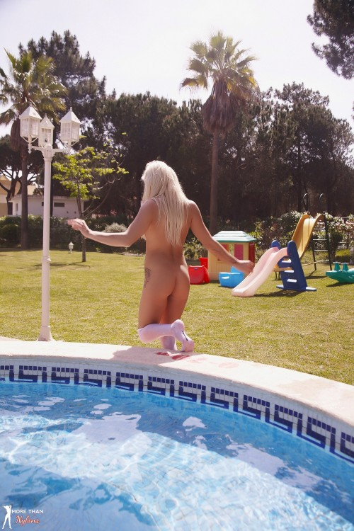 Alex Adams Splashing In The Pool Getting Wet - Picture 12