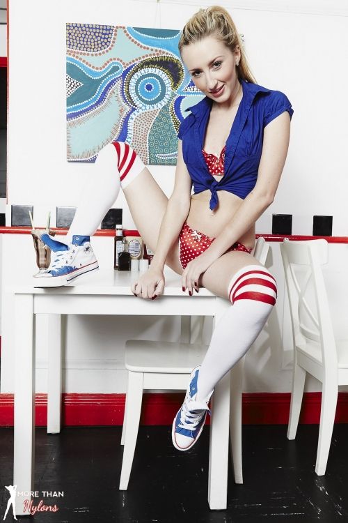Sophia Smith - Daisy Duke - Picture 7