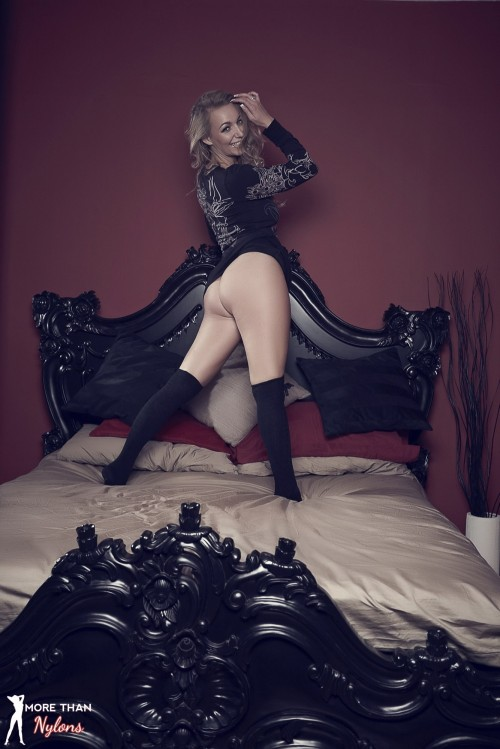 Hayley Marie Coppin - The Big Bad Bed - Picture 6