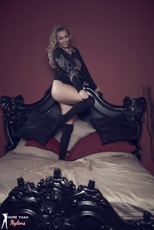Hayley Marie Coppin - The Big Bad Bed - Picture 7