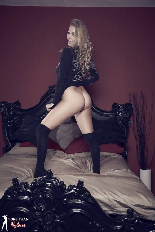 Hayley Marie Coppin - The Big Bad Bed - Picture 8