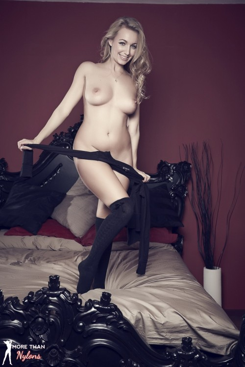 Hayley Marie Coppin - The Big Bad Bed - Picture 10