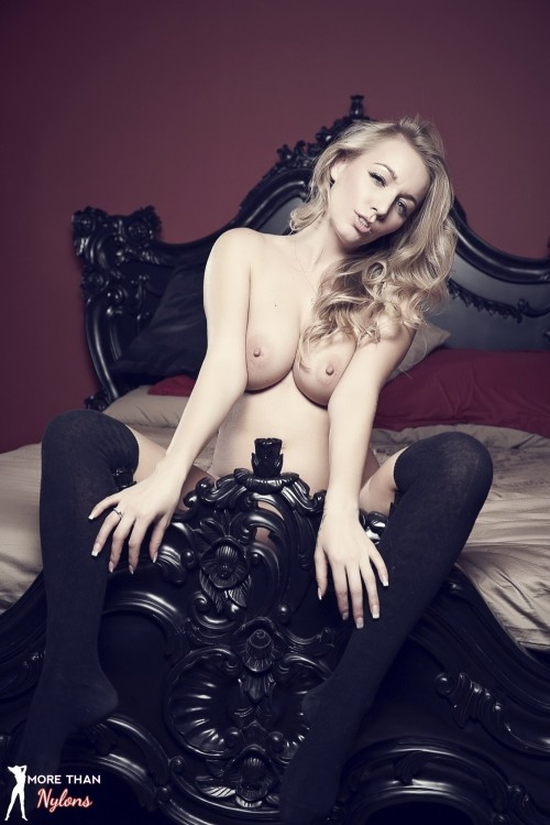 Hayley Marie Coppin - The Big Bad Bed - Picture 12