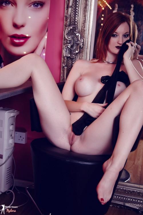 Zara Du Rose Ready For Her Big Closeup - Picture 12